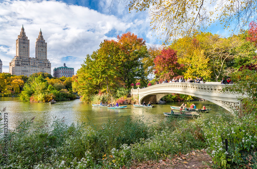 Slika na platnu Beautiful foliage colors of New York Central Park