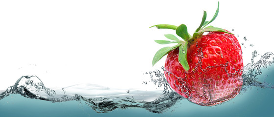 Obraz na PlexiJuicy strawberry on a background of splashing water.