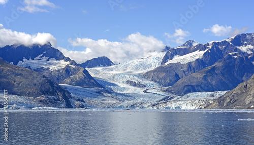 Staande foto Gletsjers Maze of Glaciers Leading to the Sea