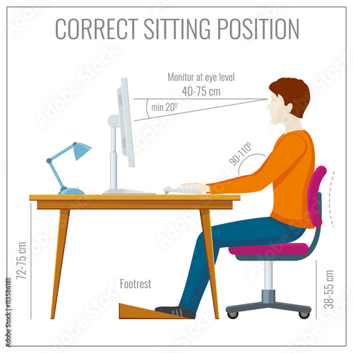 Fotografía  Correct spine sitting posture at computer