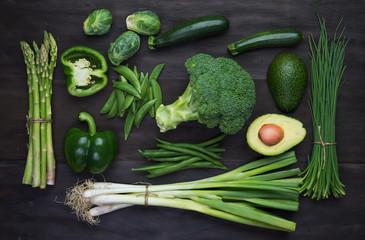 Fototapeta samoprzylepna Fresh green organic vegetables