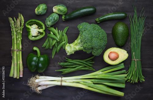Foto op Plexiglas Groenten Fresh green organic vegetables