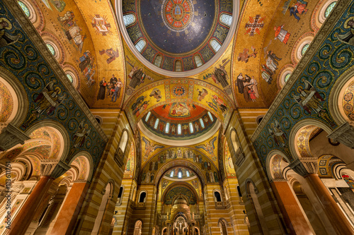 Canvas Print Sanctuary in the Cathedral Basilica of Saint Louis on Lindell Boulevard in St