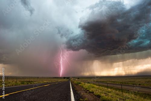 Zdjęcie XXL Dramatyczne burzowe chmury i błyskawice