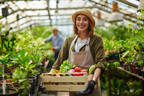 Slika na platnu Pretty gardener