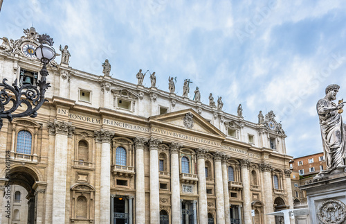 Keuken foto achterwand Berlijn Vatican cathedral architecture Rome. / Vatican is christianity religious center. View at main cathedral facade and architecture in Rome Italy.