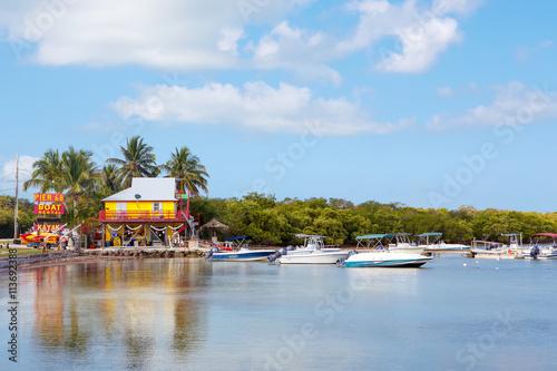 Valokuvatapetti Houses Waterside at Key Largo Florida USA