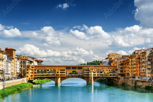 Cadres-photo bureau Florence Medieval bridge Ponte Vecchio and the Arno River, Florence