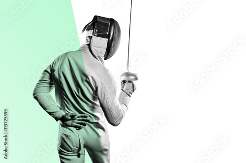 Photo  Man wearing fencing suit practicing with sword