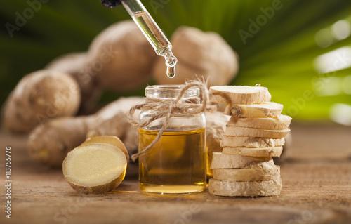Ginger Essential oil Fototapeta