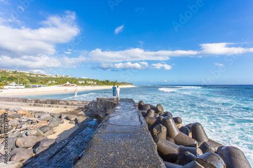 Stampe  jetée du port de Saint-Gilles et plage des Brisants, île de la Réunion