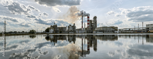 Vászonkép Panorama a refinery in a sunny day. HDR - high dynamic range