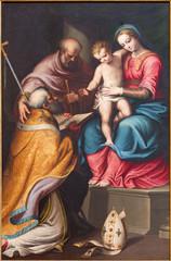 Fototapeta Do kościoła CREMONA, ITALY - MAY 24, 2016: The painting of Holy Family with the st. Nicholas in church Chiesa di Santa Agata by Bernardino Campi (1522 - 1591).