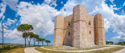 Photo Castel del Monte, Apulia, Italy