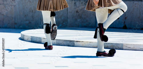 Foto auf Leinwand Athen photo of the guards legs