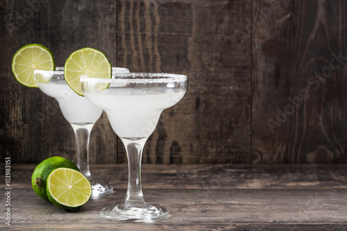 Fotografie, Obraz  Margarita cocktail on a  rustic wood
