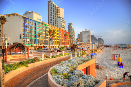 Fotografia Colorful HDR image of Tel Aviv beach with some of its famous hotels (Mediterranean sea