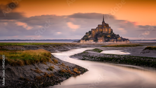 Fotografie, Obraz  Sunrise over Mont Saint Michel, France