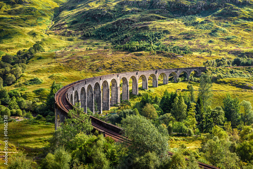obraz dibond Glenfinnan Railway Viaduct in Scotland