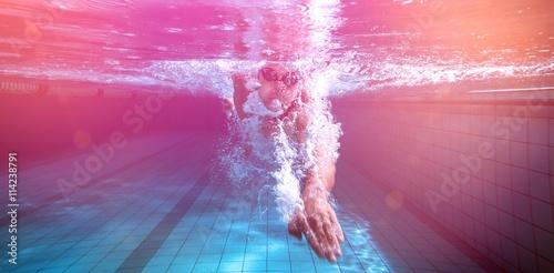 Obrazy Pływanie  fit-swimmer-training-by-himself