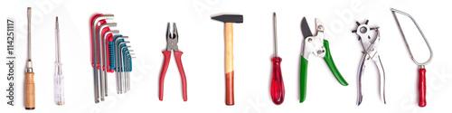 Fototapeta Werkzeug Hammer, Scharaubenzieher und Zange auf weissen Hintergr