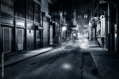 Spoed Foto op Canvas New York Moody monochrome view of Cortlandt Alley by night, in Chinatown, New York City