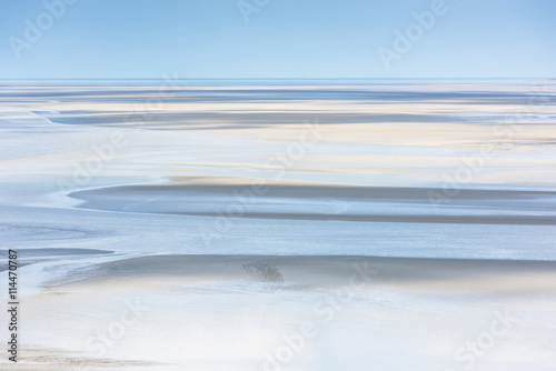 Stampa su Tela Mont Saint Michel see bay during the low tide. France