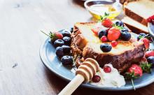 Homemade French Toast Sticks W...