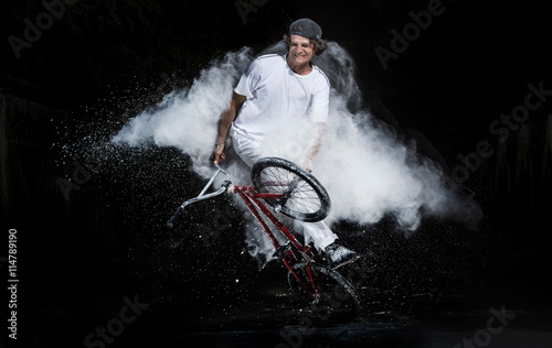 Photo bmx bike man.