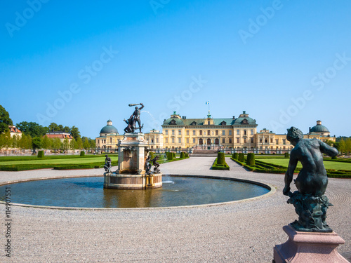 Foto auf Leinwand Schloss Beautiful view of the Drottningholm Palace in Sweden in summer, the private residence of the Swedish royal family.