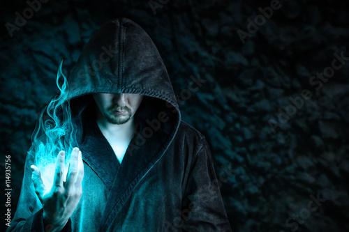 Valokuva  Magier, dunkle Macht