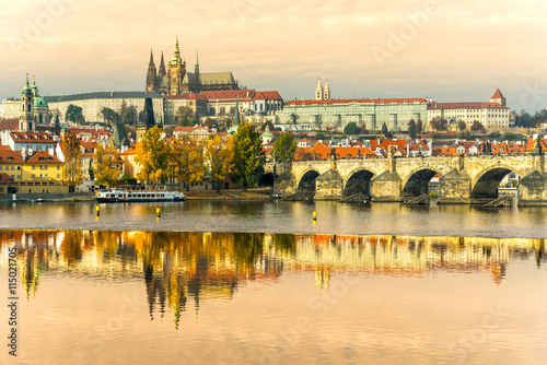 Prague, Charles Bridge, the Castle and St. Vitus Cathedral. Slika na platnu