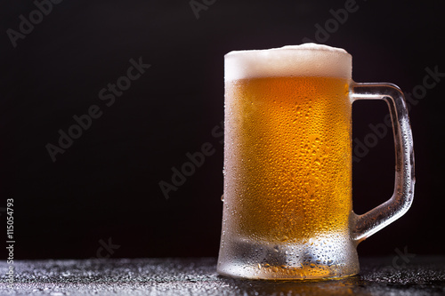 Photo sur Aluminium Biere, Cidre mug of beer