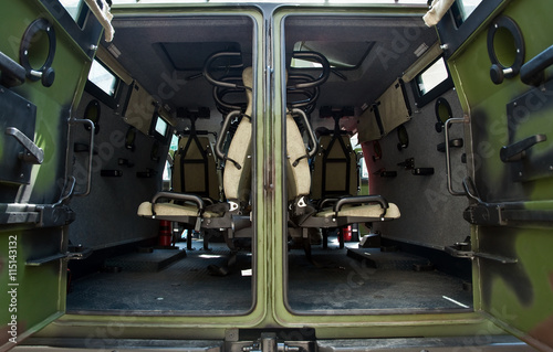 Fotografía  interior armored personnel carriers