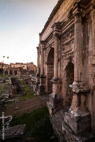 In de dag The Roman Forum in Rome, Italy