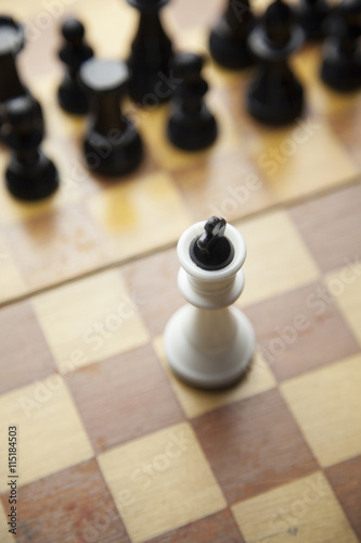 Fototapeta šachové figurky na desce