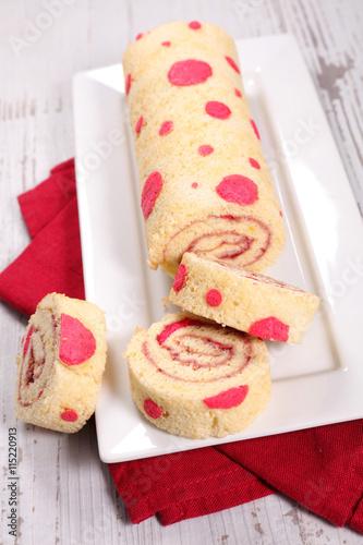 fototapeta na szkło sweet roll cake