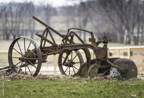Fototapety, obrazy: Old Iron Farm Plow