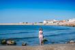 Fillette sur la plage des Saintes-Maries-de-la-Mer