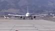 飛行機のタキシング Airliners taxing
