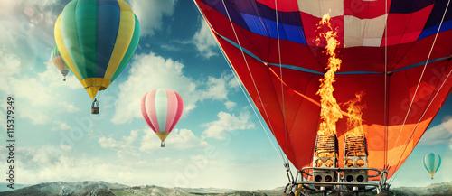 zachwycajacy-widok-na-wnetrze-balonu-ogrzewane-goracym-powietrzem