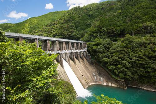 Deurstickers Dam 高知県四万十町 津賀ダム