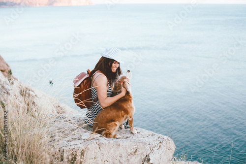 Photo  Woman with dog
