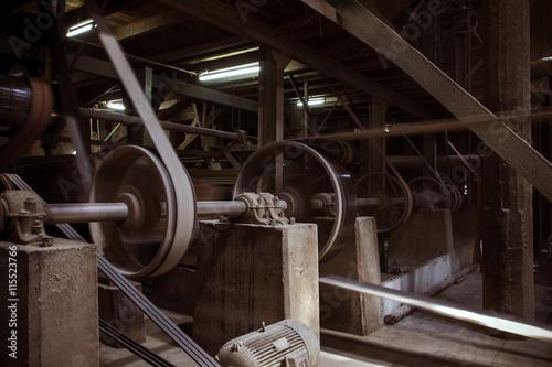 Carta da parati old machine working by water steam engine in agricultural factor