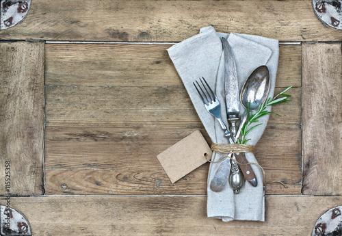 Plakat Srebrne sztućce z gałązką rozmarynu