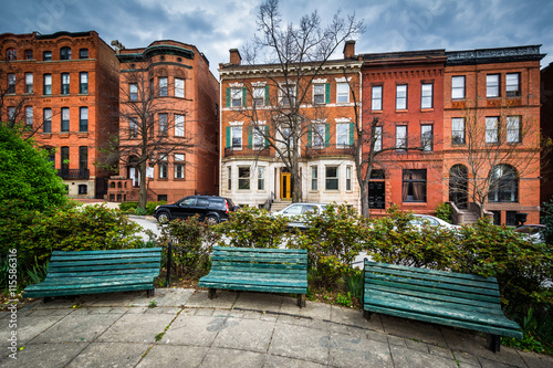 Photo  Benches at Park Avenue Median Park and row houses in Bolton Hill