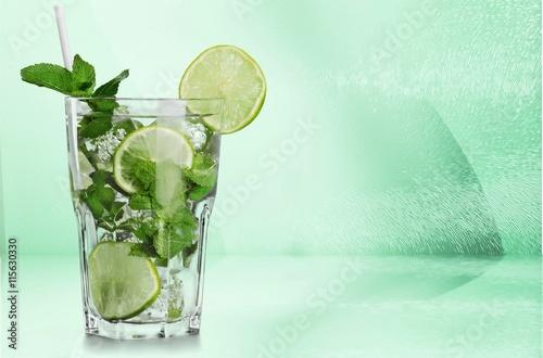 Poster Eclaboussures d eau Cocktail.
