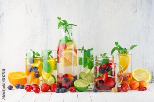 Flavored fruit infused water Fototapeta
