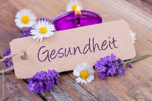 Foto op Canvas Madeliefjes Gesundheit - Deko mit Duftkerze, Lavendel und Gänseblümchen