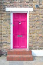Purple Door In Notting Hill Di...